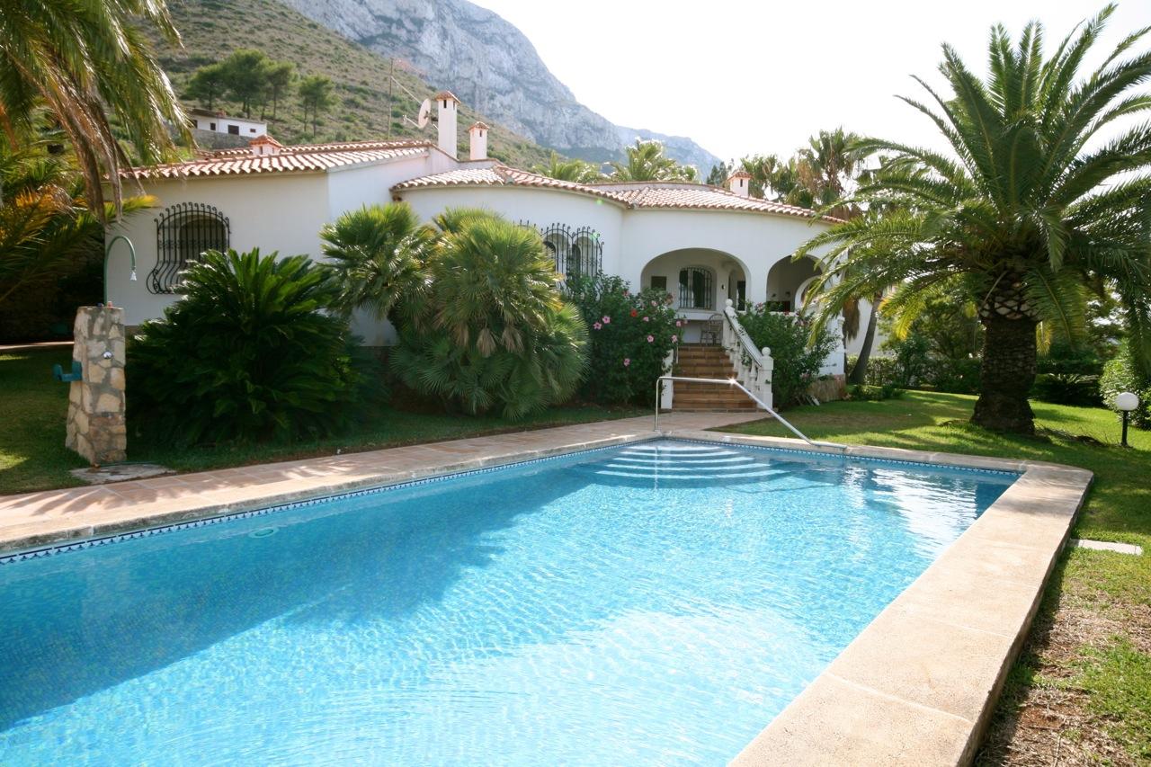 Til Schweiger Haus Mallorca